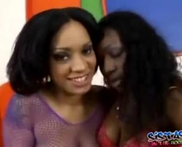 Spunk Sucking Ebony Chicks