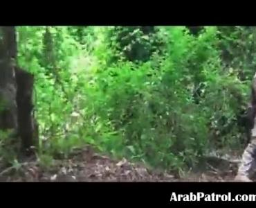Lardi Pumping On A Soldier