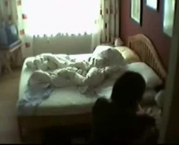 Petite Brunette Junxse Masturbating In Her Bed