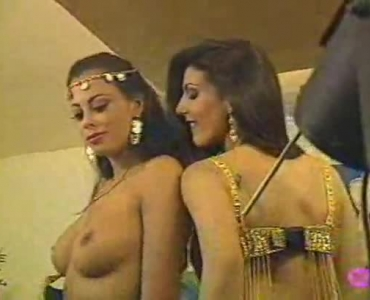 The Shapeless Cock Of Bollywood Babe