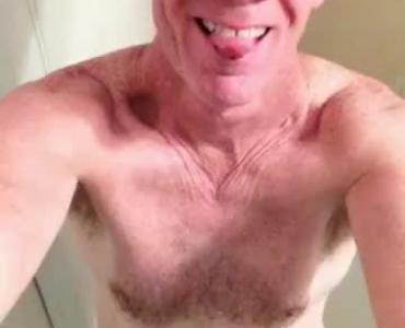 Hot Cougar Reward Sanders Kent For His Hard Cock