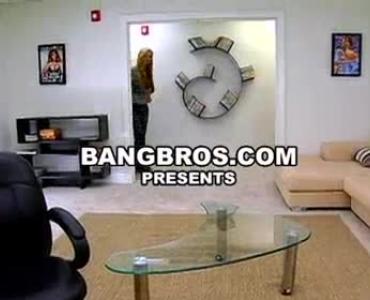 मूतने वाली सेक्सी वीडियो
