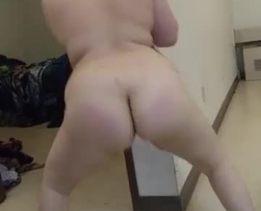 Lanky Chick With Small Tits Is Putting The Biggest Vibrating Dildo In Her Curvy Ass